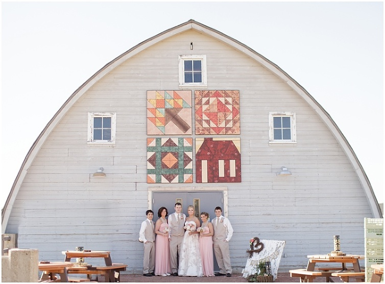 Simpson Barn Wedding Johnston Iowa By Photographer Brooke Pavel