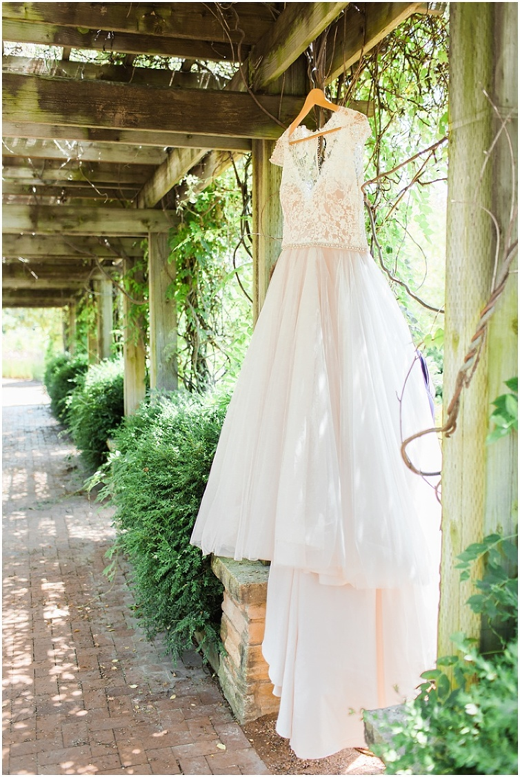 Reiman Gardens Wedding Ames Iowa_Iowa Wedding photographer_Brooke Pavel Photography002